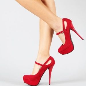 Qupid Classic Platform High Heel Stiletto Pumps